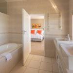 Honeymoon Suite 05